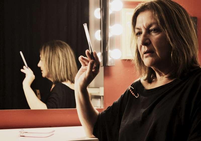 Άσπα Τομπούλη: Το θέατρο είναι ένας χώρος έρευνας, ένας χώρος ουτοπίας, ένα κουτί μαγείας