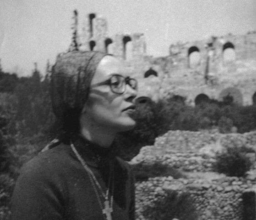 Η ζωγράφος Μαρία Ρέγκου ακολούθησε τον δρόμο που της άνοιξε ο αγαπημένος της Λουκάς Θανασέκος