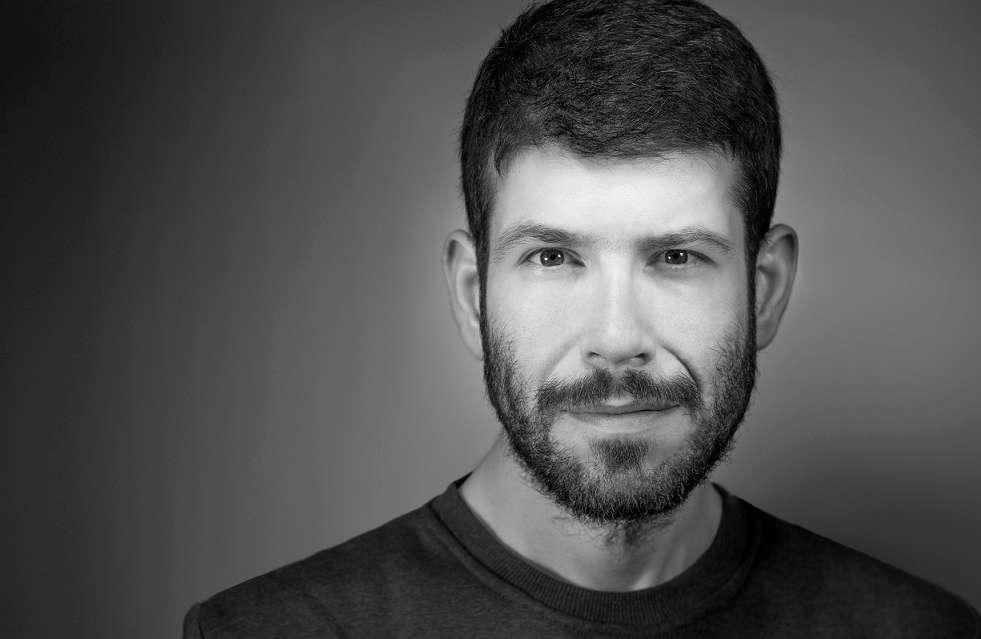 Θοδωρής Βουρνάς: «Η προσωπικότητα του ηθοποιού είναι συχνά πιο σημαντική και από το ταλέντο»