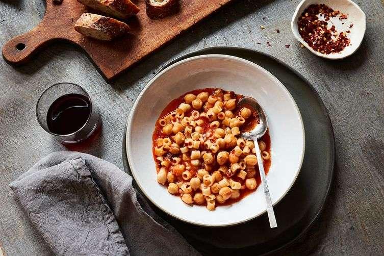 Pasta con Ceci – Ρεβίθια με πάστα. Μια αγαπημένη συνταγή της Τοσκάνης