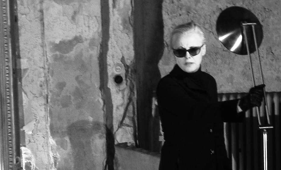 Hedda Gabler. Παιχνίδι με τις σκιές στο ρυθμό του βαλς από την Άντζελα Μπρούσκου…