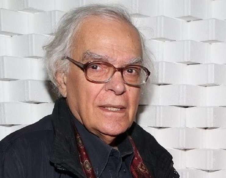 Γιώργος Πάτσας. Από τα 24 του μπήκε στο θέατρο και 50 χρόνια μετά μας βλέπει ψηλά από τη γέφυρα…