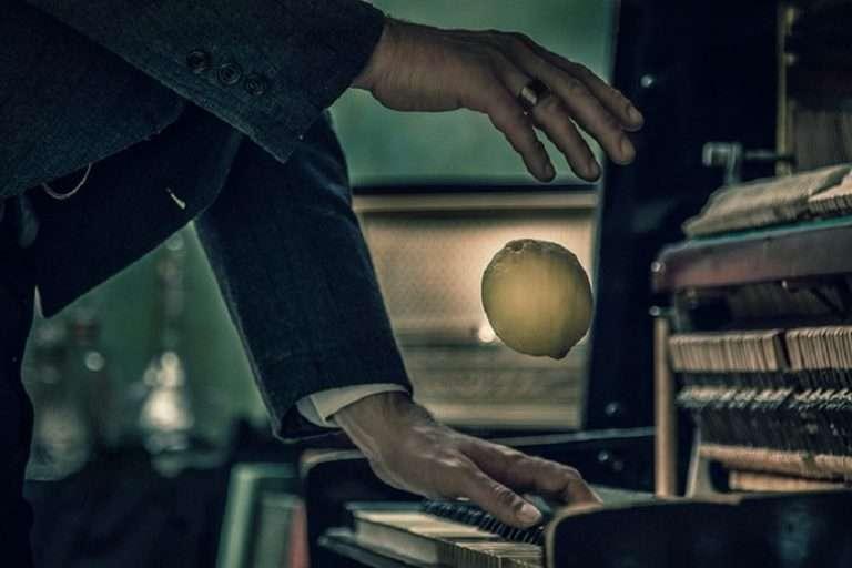 """Lemon"" (Χιλιαεννιακόσια). Ένα ευωδιαστό παραμύθι για τον ""μεγαλύτερο πιανίστα που έζησε ποτέ"""