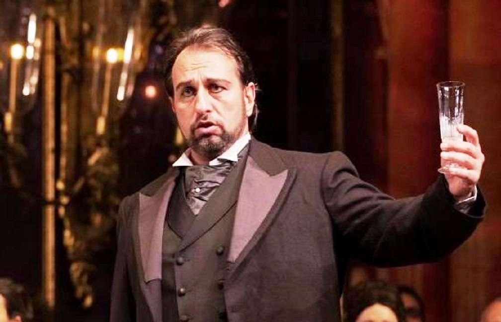 «O sole mio»: Μια νύχτα με τον τενόρο Αντώνη Κορωναίο στο Θέατρο της Ρεματιάς στο Χαλάνδρι