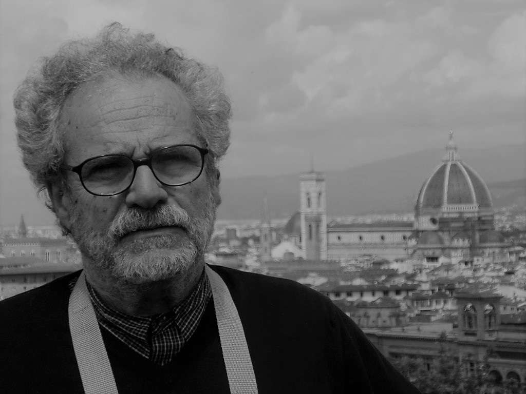 Σταύρος Σταμπόγλης: «Η εξόντωση του Άλλου, του διαφορετικού, η αρπαγή, είναι η ψυχρή λογική που διέπει τα Άουσβιτς»