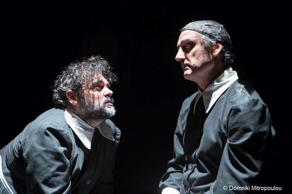 «Δούλες» του Ζενέ. Το τελετουργικό στοιχείο και η μεταμφίεση στην παράσταση του Τσέζαρις Γκραουζίνις