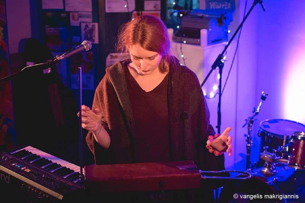 Nalyssa Green: …Άρχισα να γράφω μουσική για να τραγουδήσω αυτά που έγραφα