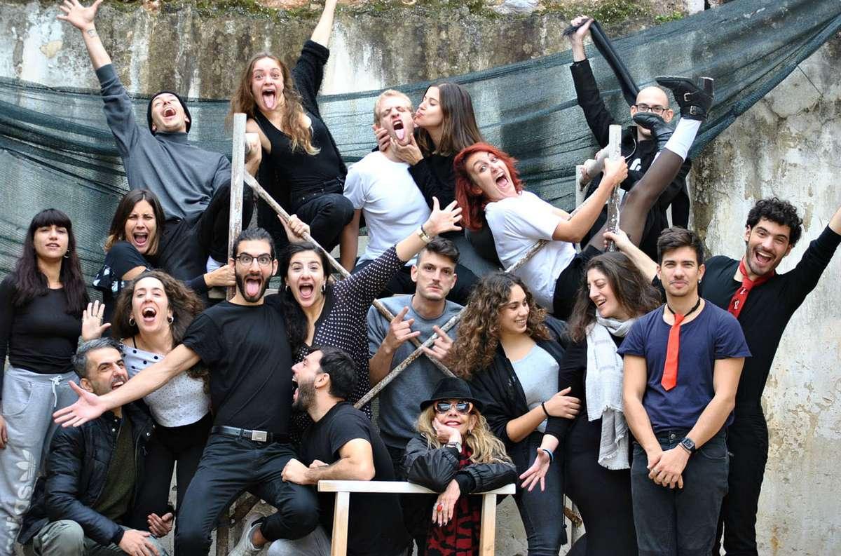 «Το Τενεκεδένιο Ταμπούρλο» του Γκύντερ Γκρας για πρώτη φορά στην Ελλάδα επί σκηνής σε σκηνοθεσία Δήμητρας Χατούπη