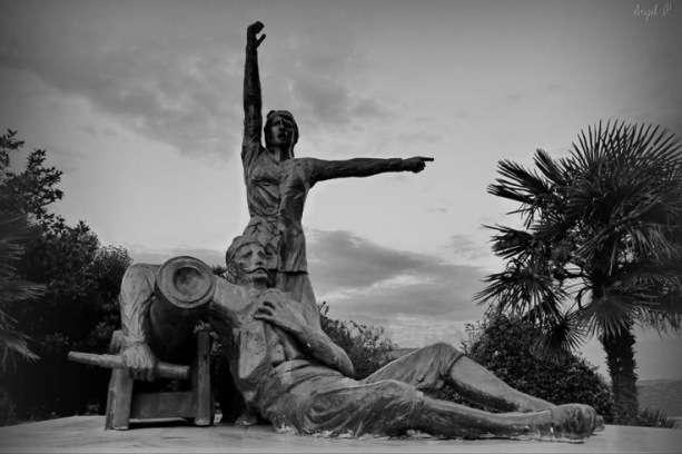 Δόμνα Βισβίζη, η ηρωίδα καπετάνισσα που την ξέχασε το ελληνικό κράτος
