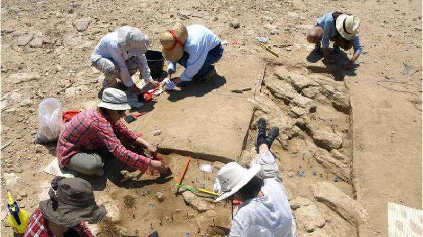 Αρχαίος τάφος νεαρής αρχόντισσας, που βρισκόταν σε προχωρημένη εγκυμοσύνη, στο Ίππειος της Μυτιλήνης