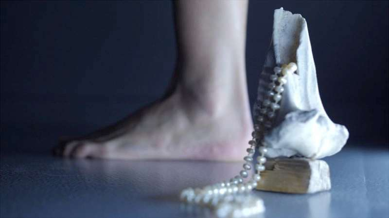 Lucy. tutorial for a ritual: Το χορογραφικό δίδυμο arisandmartha στο Φεστιβάλ Αθηνών
