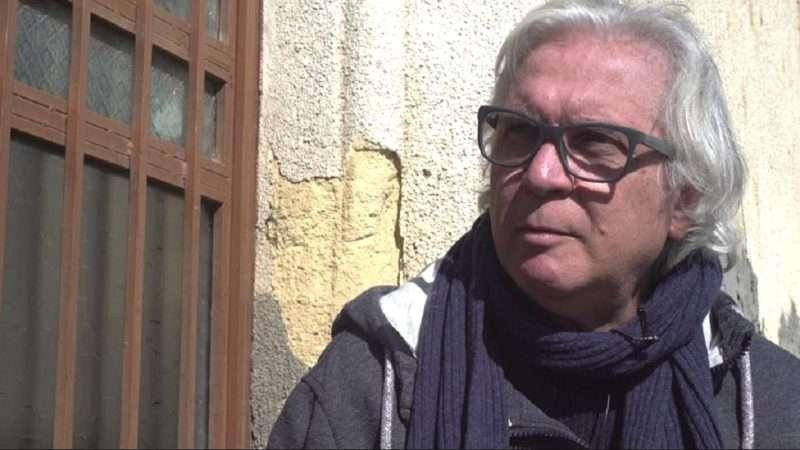 Μιχάλης Γεωργιάδης. «Αιχμάλωτοι μιας προδοσίας»