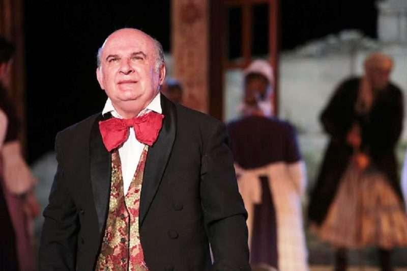 Τάσος Περζικιανίδης. Δάκρυα για το γελαστό παιδί του ελληνικού θεάτρου…