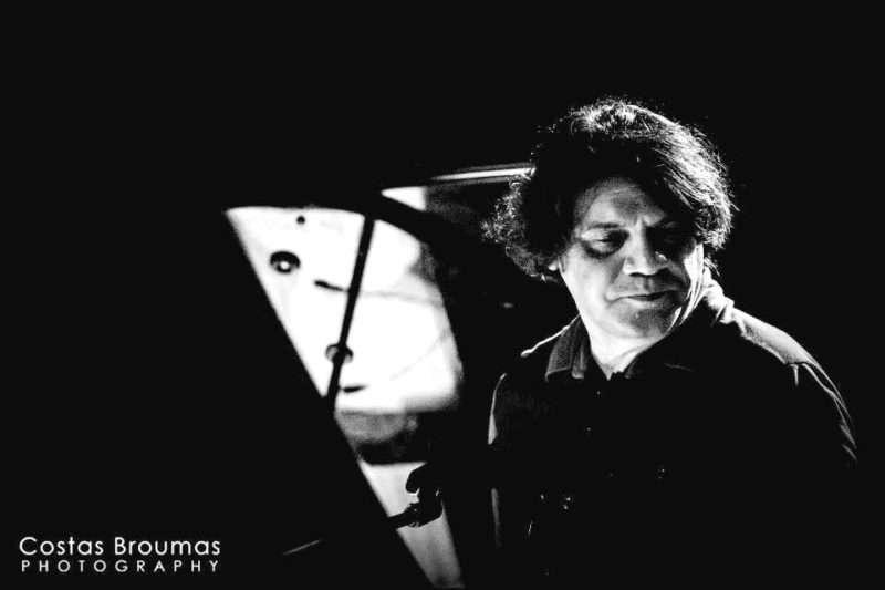 Νίκος Ξυδάκης: «Η Απαγωγή της Τασούλας» απέκτησε τη φωνή της και γέννησε τη δική της μουσική