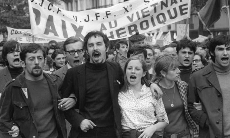 Ποίημα του Μάνου Χατζιδάκι για το γαλλικό Μάη του '68 και το χρονικό της εξέγερσης