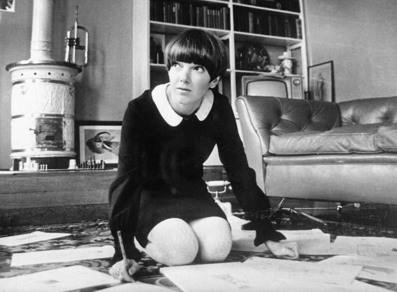 Μαίρη Κουάντ. Στις 10 Ιουλίου 1964 έκανε επανάσταση με την υπογραφή της στη μίνι φούστα…