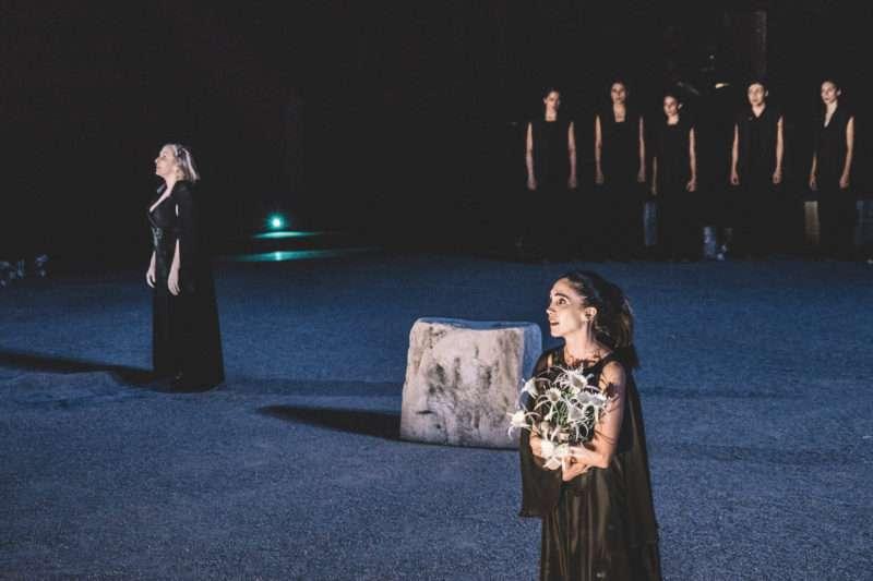 Οι σημειώσεις μας για την παράσταση «Ιφιγένεια η εν Αυλίδι» του Ευριπίδη από το ΚΘΒΕ