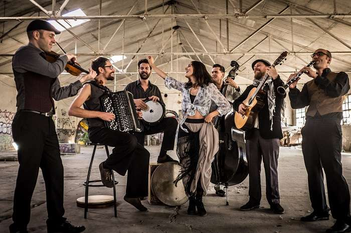 Οι πολυπολιτισμικοί Barcelona Gipsy balKan Orchestra έρχονται να μας ξεσηκώσουν!