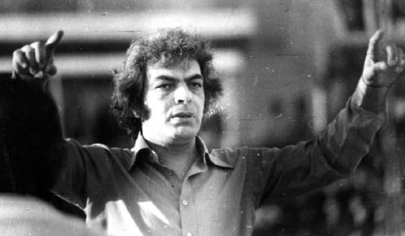 Η γνωριμία με τον Μάνο Λοΐζο τον Φεβρουάριο του 1967 στην Ανωτάτη Βιομηχανική Σχολή Πειραιώς