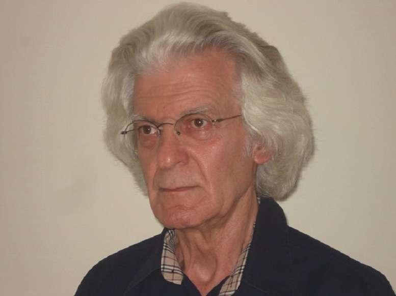 Ο δημοσιογράφος Αλέξης Οικονομίδης έσβησε ύστερα από σκληρή μάχη με τον καρκίνο