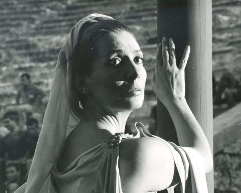 Ελένη Χατζηαργύρη. Αποκάλυψις, έξοχη, συγκλονιστική, με ευσυνειδησία, χωρίς προσποίηση…