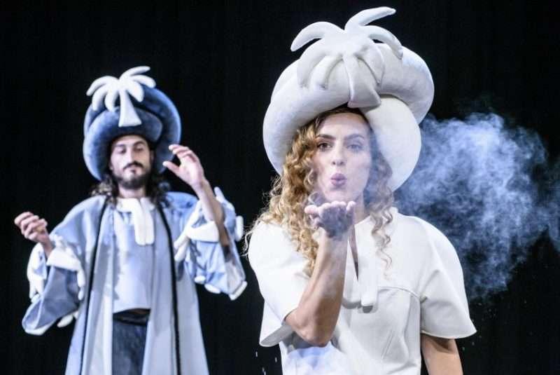 Χίλιες και μία… Ιστορίες για Αγρίους – Θέατρο για παιδιά και εφήβους στο Μικρό Εθνικό