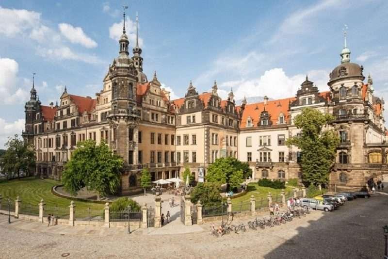Μικρόσωμοι ληστές άρπαξαν θησαυρούς αξίας 1 δισεκατομμυρίου ευρώ από το Μουσείο της Δρέσδης