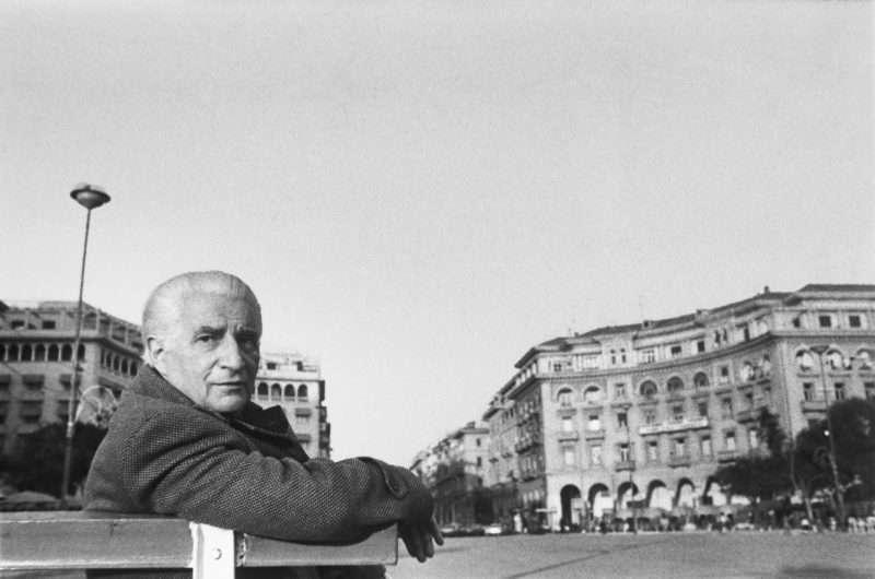 Αφιέρωμα στον συγγραφέα Νίκο Μπακόλα από το Κρατικό Θέατρο Βορείου Ελλάδος