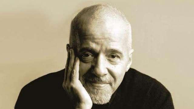 Πάουλο Κοέλιο: Ποτέ μην εγκαταλείπεις… σήκω και περπάτα…