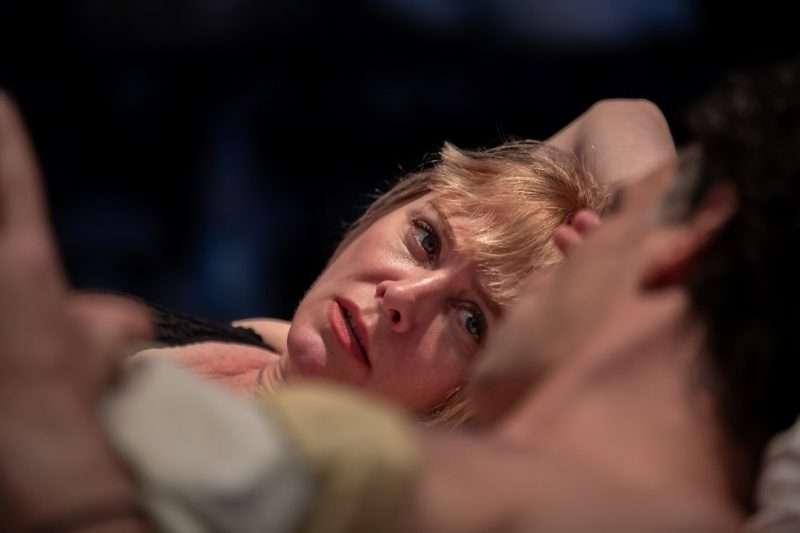 """Reigen – Δέκα διάλογοι για το Σεξ"": Δείτε τις νέες φωτογραφίες μιας ξεχωριστής παράστασης"