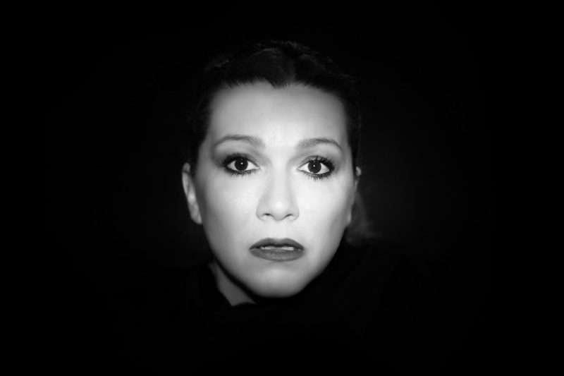 """""""Η κρεατόπιτα"""": Ένας μουσικός μονόλογος με τη Φανή Γέμτου στο θέατρο """"Αλκμήνη"""""""