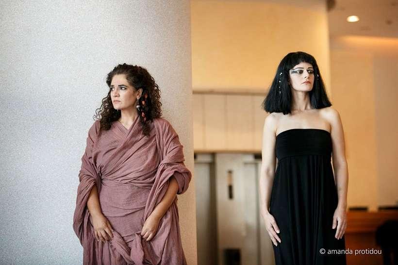 c517d48f0603 H Σοφία Μητροπούλου και η Άμνερις   Κασσάνδρα Δημοπούλου